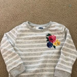 Girl Old Navy Floral Sweater size 2t